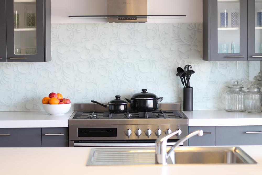 kitchen tiles nz glass splashbacks kitchen express 3344
